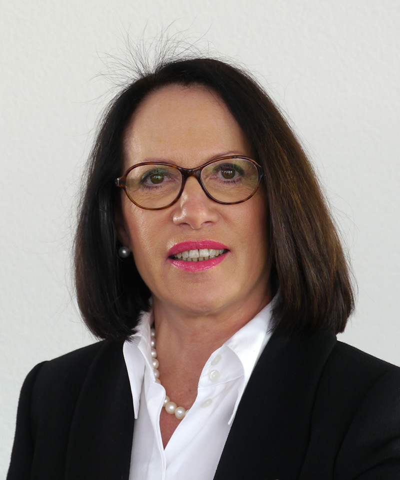 Ruth Linder, Partnerin